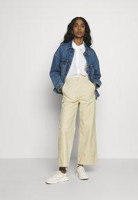 ONLY - ONLCALLIE LIFE JACKET  - Denim jacket - medium blue denim - 1