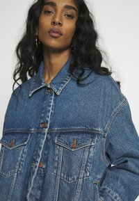 ONLY - ONLCALLIE LIFE JACKET  - Denim jacket - medium blue denim - 3