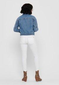 ONLY - JEANSJACKE CROPPED - Denim jacket - medium blue denim - 2