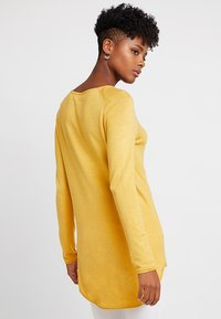 ONLY - ONLMILA LACY LONG - Sweter - yolk yellow - 2