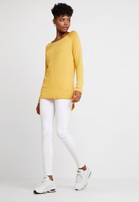 ONLY - ONLMILA LACY LONG - Sweter - yolk yellow - 1