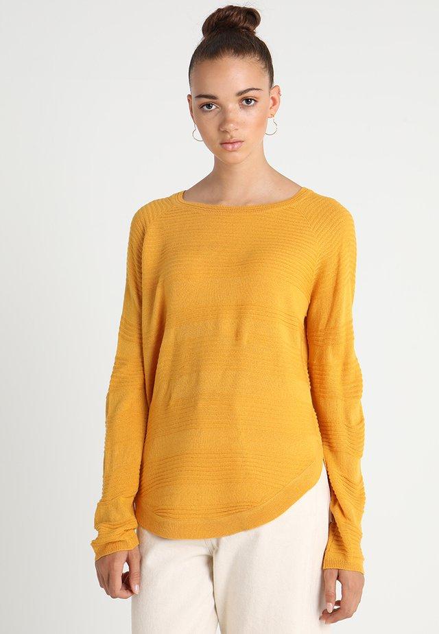 ONLCAVIAR  - Jersey de punto - golden yellow