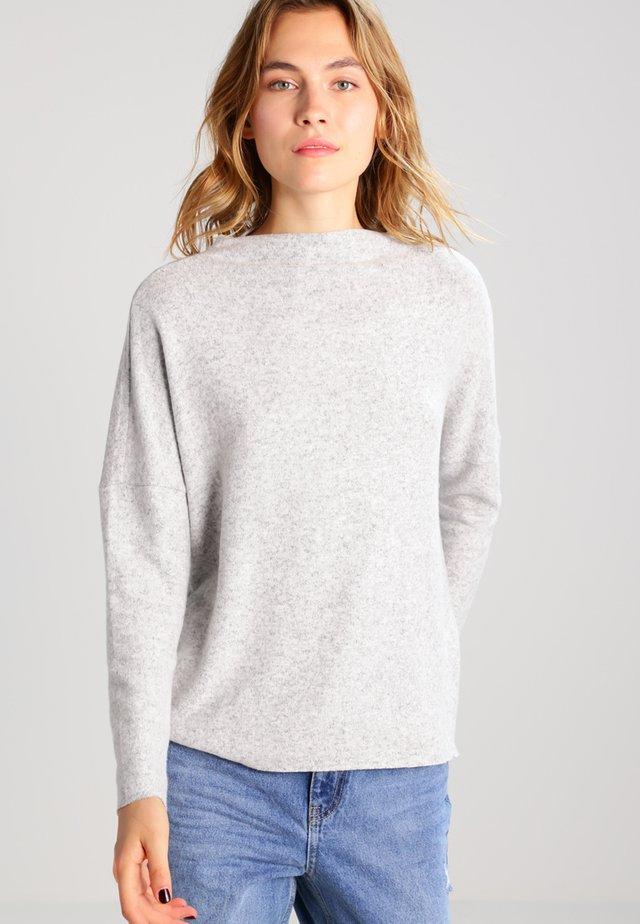 ONLKLEO  - Stickad tröja - light grey melange