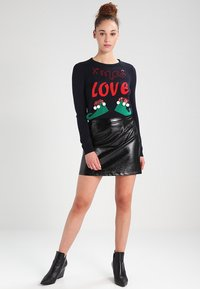 ONLY - ONLXMAS CHRISTMAS - Jumper - dunkelblau - 1