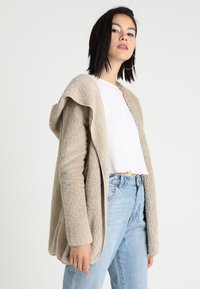 ONLY - ONLNEW CONTACT HOODED - Winterjacke - pure cashmere - 0