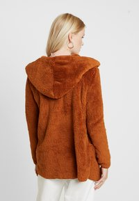 ONLY - ONLNEW CONTACT HOODED - Giacca invernale - caramel café - 2
