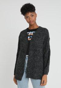 ONLY - ONLHAVANA  - Vest - dark grey melange - 0