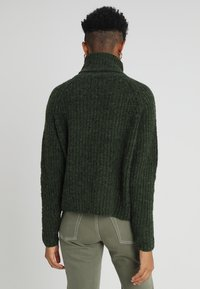 ONLY - ONLVEGA ROLLNECK  - Trui - hunter green - 2