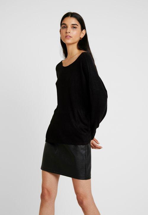 sprzedaż ONLY ONLKLEO BACK DETAIL - Sweter - black Odzież Damska PIYY-XP3