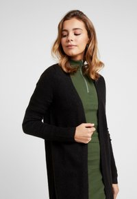 ONLY - ONLMEREDITH CARDIGAN - Kardigan - black - 3