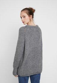 ONLY - ONLLIVA ROLLEDGE - Pullover - medium grey melange - 2
