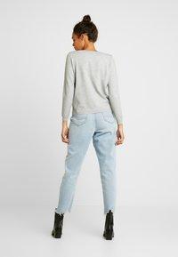 ONLY - ONLJULIA  V-NECK - Pullover - medium grey melange - 2