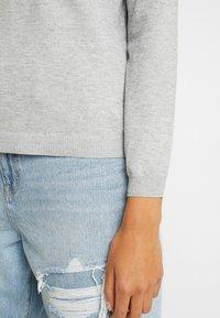 ONLY - ONLJULIA  V-NECK - Pullover - medium grey melange - 3