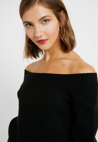 ONLY - ONLNANNA OFF SHOULDER - Trui - black - 4