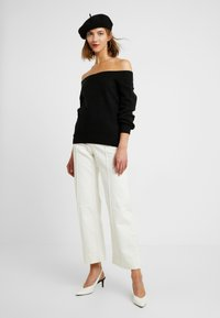 ONLY - ONLNANNA OFF SHOULDER - Trui - black - 1