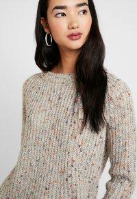 ONLY - ONLHANNI O NECK - Pullover - light grey melange/multi color - 4
