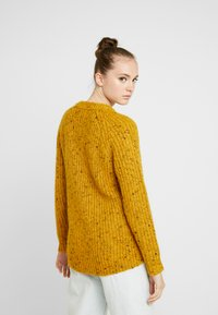 ONLY - ONLHANNI O NECK - Svetr - golden yellow/multi color - 2