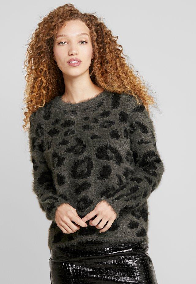 Jersey de punto - forest nigh black leo