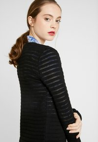 ONLY - ONLASTER LONG CARDIGAN - Gilet - black - 5