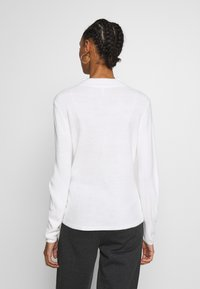 ONLY - ONLROSE  - Jersey de punto - white - 2
