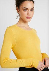 ONLY - ONLVENICE O-NECK - Jumper - yolk yellow - 5