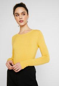 ONLY - ONLVENICE O-NECK - Jumper - yolk yellow - 3