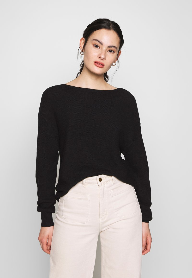ONLY - ONLCLARA BOATNECK - Strikkegenser - black