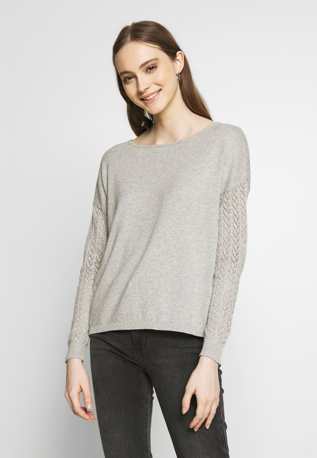 ONLEDEN STRING - Jersey de punto - light grey