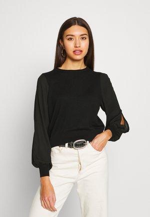 ONLSUZI SHORT - Pullover - black