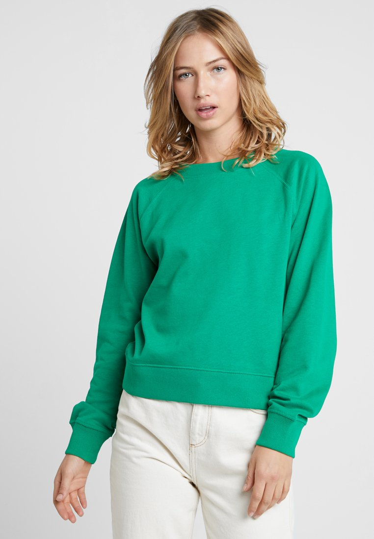 ONLY - ONLFROSEMARY BATWING O NECK - Sweatshirt - jolly green