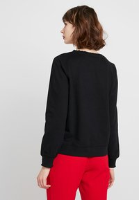 ONLY - ONLMIAMAJA O NECK NEW - Sweater - black - 2