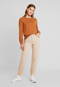 ONLY - CAITLIN SOUND  NECK SLIT - Sweatshirt - argan oil - 1