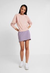 ONLY - ONLFMARIE O NECK  - Sweatshirt - misty rose - 1
