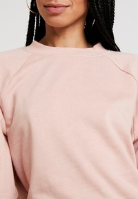 ONLY - ONLFMARIE O NECK  - Sweatshirt - misty rose - 4