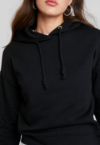 ONLY - ONLNALA HOOD - Jersey con capucha - black - 5