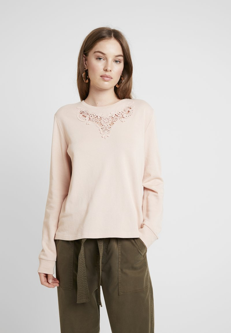 ONLY - ONLHAMBURG O-NECK - Sweater - cameo rose