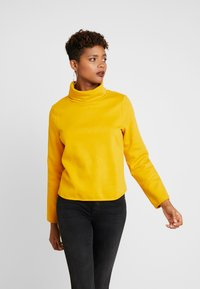 ONLY - ONLNEO COWLNECK - Sudadera - golden yellow - 0