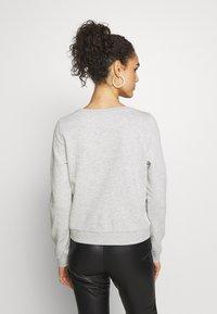 ONLY - ONLWENDY  - Sweatshirt - light grey melange - 2