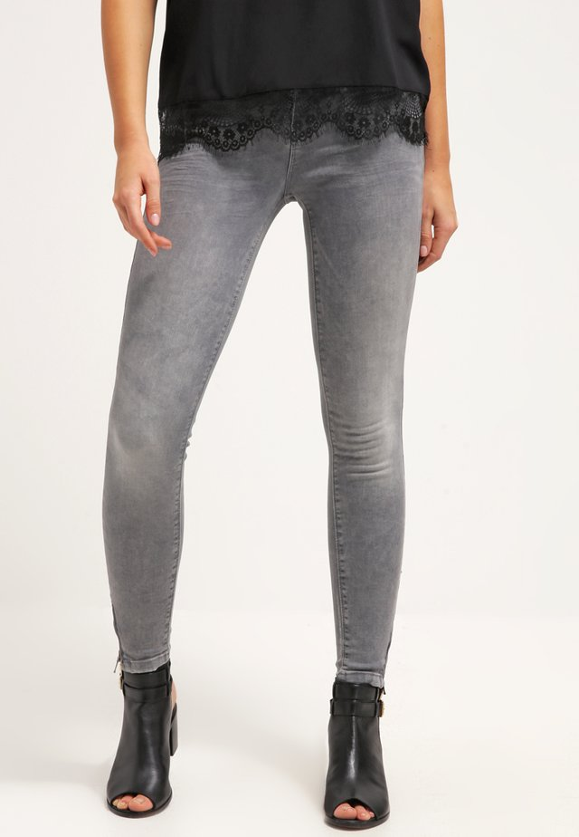 ONLKENDELL - Vaqueros slim fit - medium grey denim