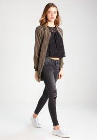 ONLY - ONLKENDELL - Skinny džíny - grey denim - 1