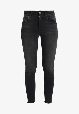 ONLBLUSH RAW - Vaqueros pitillo - black denim