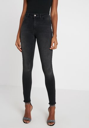 ONLBLUSH RAW - Jeansy Skinny Fit - black denim