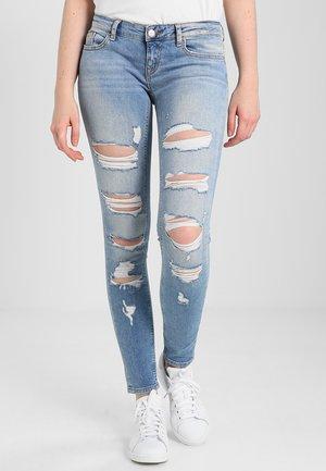 ONLCORAL LOW  - Jeans Skinny - medium blue denim