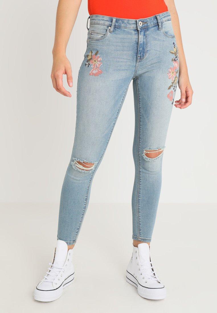 ONLY - ONLCARMEN CRY - Jeans Skinny - light blue denim