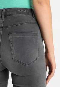 ONLY - ONLROYAL HIGH  - Jeansy Skinny Fit - dark grey denim - 3