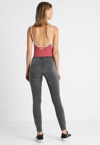 ONLY - ONLROYAL - Jeans Skinny - dark grey denim - 2