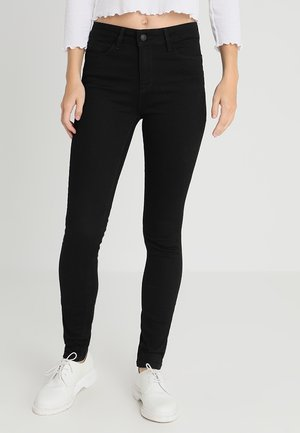 ONLANNE SHAPE UP JEANS BOX - Skinny džíny - black denim