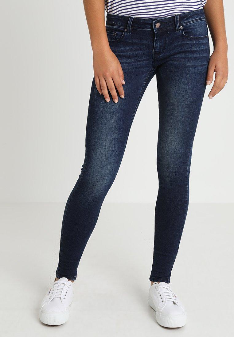 ONLY - ONYWONDER PEARL CORAL - Jeans Skinny Fit - medium blue denim