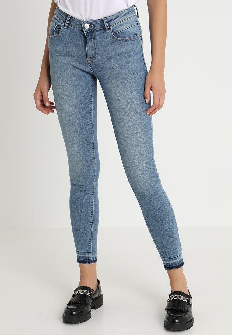ONLY - ONLDAISY LOW PUSHUP - Jeans Skinny Fit - medium blue denim