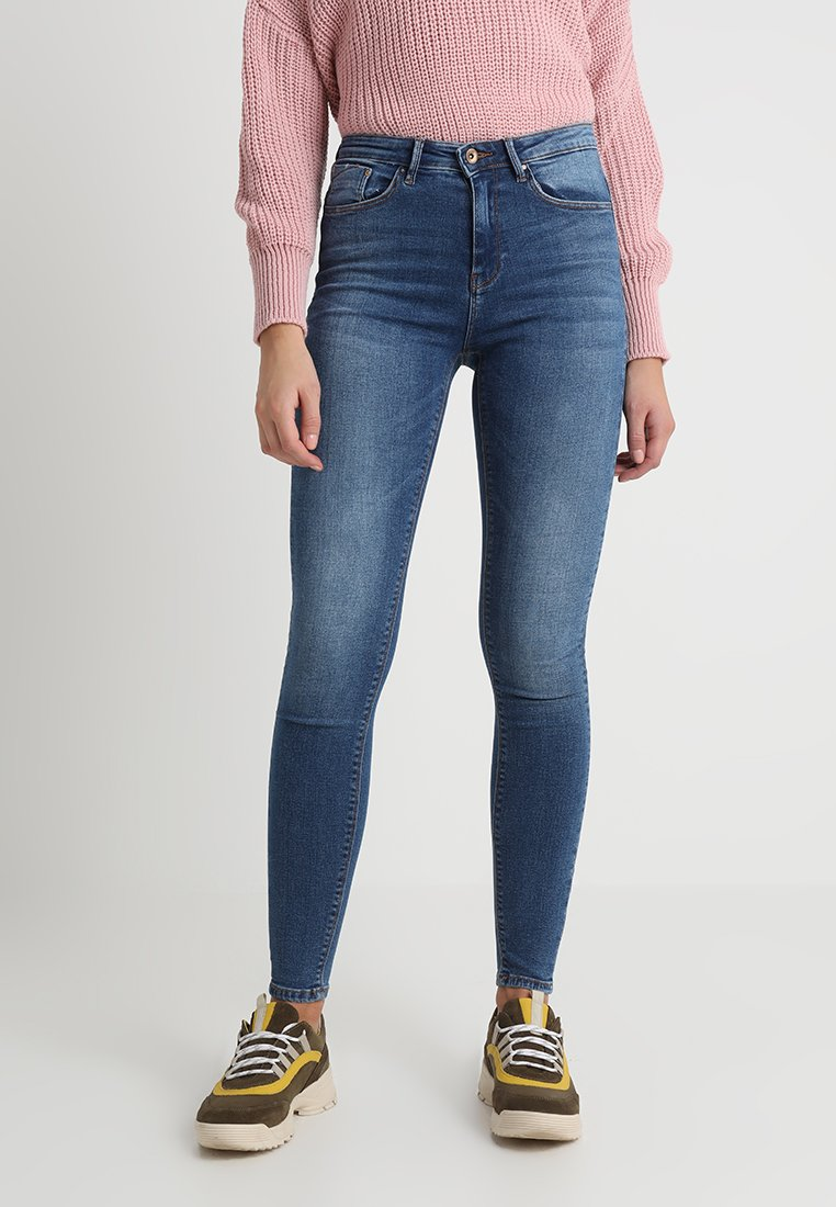 ONLY - ONLPAOLA - Vaqueros pitillo - medium blue denim